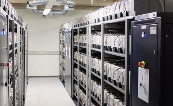sala batterie UPS 450KVA prove di efficienza